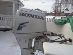 Продам лодочный мотор Хонда 30
