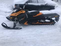 BRP Ski-Doo Summit SP, 2014
