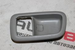 Накладка на ручку двери внутреннюю передняя левая Toyota Windom MCV21