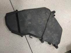 Крышка блока предохранителей AUDI Q7 (2005>)/ VW Touareg