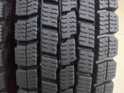 Dunlop DSV-01. зимние, без шипов, б/у, износ до 5%