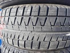 Bridgestone Blizzak Revo GZ. зимние, 2013 год, б/у, износ 5%