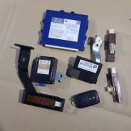 Smart / смарт ключ комплект toyota prius zvw30-04