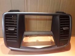 Панель магнитолы Nissan Teana
