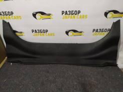 Обшивка багажника задняя (пластик) Camry 40