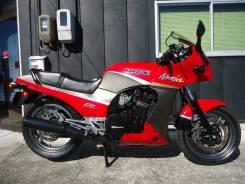 Kawasaki GPZ900R, 2001