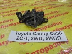 Замок капота Toyota Camry Toyota Camry 1992.06