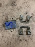 Зажимы передних тормозных колодок Subaru Impreza GH7