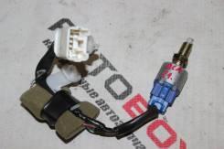 Концевик под педаль тормоза Toyota RAV4 ACA21