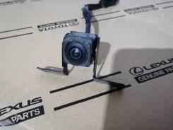 Камера в решетку радиатора Infiniti FX 2008-2012