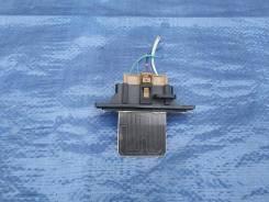 Резистор мотора отопителя Nissan Bluebird EU13 EU14 Maxima A32 Avenir