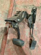 Продам педали тормоз и газ Subaru Forester sf5