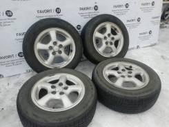 """Оригинальные литые диски Toyota на шинах Kumho 185/65R14. 6.0x14"""" 5x100.00 ET45"""