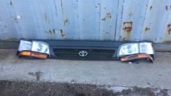 Фара Toyota Hiace 94-05 грузопассажирский LH/RH