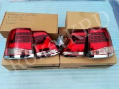Фонари задние Красно-белые Toyota Land Cruiser 200 07-15