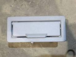 Пепельницазадней правой двери Chevrolet Suburban GMT400 [10141645]