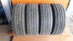 Dunlop SP Winter Ice 01. зимние, шипованные, 2012 год, б/у, износ 5%