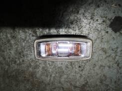 Повторитель поворотника в крыло Nissan Bluebird Sylphy QG10