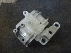 Опора двигателя правая Volkswagen Passat B6 BZB