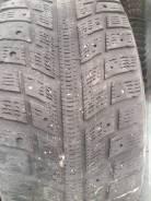Kumho I'Zen KW22. зимние, без шипов, 2012 год, б/у, износ 50%
