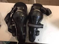 Защита колена Racer (наколенники шарнирные) в наличии!