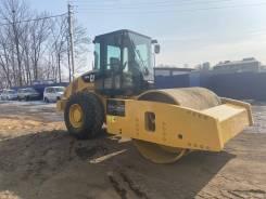 Caterpillar CS. Предлагаем к реализации грунтовый каток CAT CS76 XT во Владивостоке, 6 600куб. см.