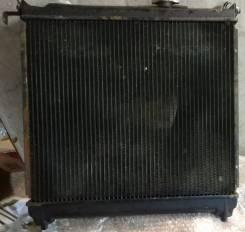 Радиатор охлаждения двигателя. Suzuki Escudo, TA01R, TA01W, TD01W Suzuki Vitara, TA01C, TA01V, TA02C, TC01C, TC02C, TD01V, TD02V, TD03V, TE01V, TE02V...