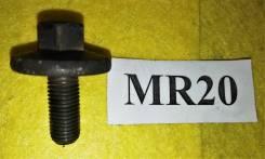 Болт шестерни распредвала Nissan MR20