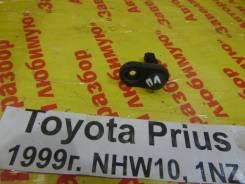 Концевик двери Toyota Prius Toyota Prius 1999
