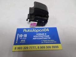 Кнопка стеклоподъмника передняя левая Toyota Corolla Spacio AE111 б/у 84810-12080