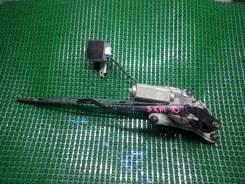 Мотор стеклоочистителя задний Toyota Ipsum SXM10