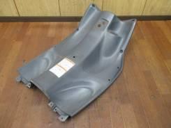 Пластик передний ( коленки) Япония для скутера Suzuki Lets 5