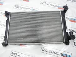 Радиатор охлаждения Toyota Avensis AZT251 2007 г.