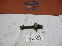 Ограничитель двери Chevrolet Lacetti 2003-2013 Chevrolet Lacetti 2003-2013; Daewoo Nubira 2003-2007