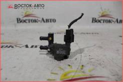 Клапан вакуумный Mazda Familia BG5P (B3C713726)