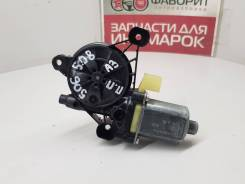 Моторчик стеклоподъемника задний правый [5Q0959801B] для Audi A3 8V