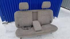 Задний диван (3 ряд) Toyota Estima MCR40