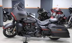 Harley-Davidson CVO Street Glide FLHXSE, 2018