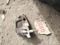 Кронштейн опоры двигателя правый qr20 в Чите