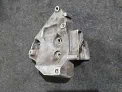 Кронштейн компрессора кондиционера Volkswagen Passat B5+ 1,8T