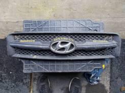 Решетка радиатора Hyundai 863512e000