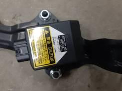 Датчик курсовой устойчивости Toyota Harrier / Lexus RX