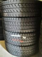 Bridgestone Blizzak W979, LT215 70 17. 5