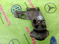 Кронштейн 4 ступенчатой АКПП правый VW Passat B5, Audi A4 B5