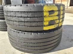 Bridgestone R202, LT215 60 15.5