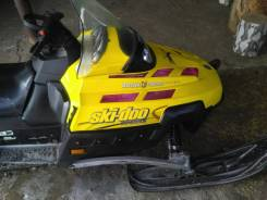BRP Ski-Doo Expedition, 2006