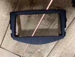 Консоль магнитофона Toyota Vanguard