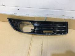 Рамка противотуманной фар правый VW Passat B6 2005-2010