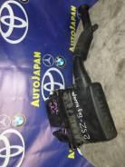 Корпус воздушного фильтра Toyota Ractis SCP100 б/у 17700-23082
