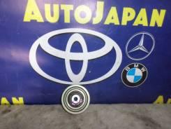 Ролик обводной Toyota Ractis SCP100 б/у 16604-23011